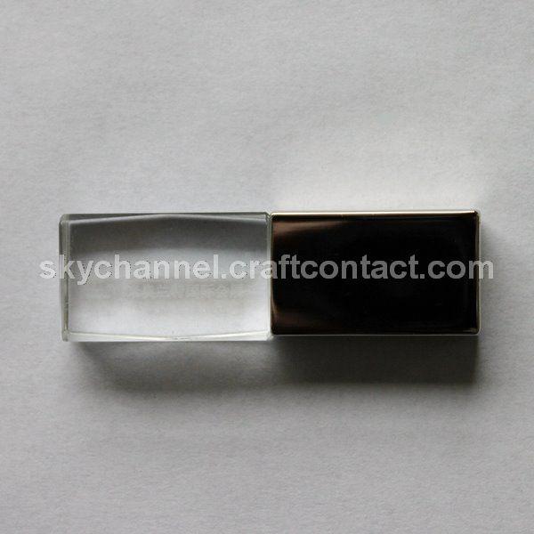 恒加信创意礼品U盘定制为米奥特兰国际会展中心定制水晶礼品U盘